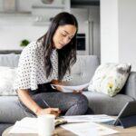 What's the Best Way to Tackle Debt? Comparing Balance Transfer Cards vs. Loans